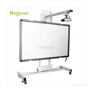 Bảng tương tác Riotouch IB82